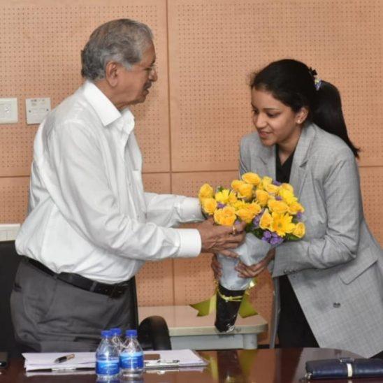 Ms. Vedica podar greeted H.E. Mr. Subhash Desai, Hon. Minister of Industries, Maharashtra